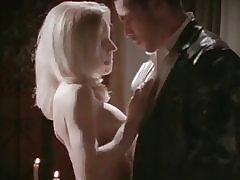 Manžel sleduje ženu s gigolo erotické